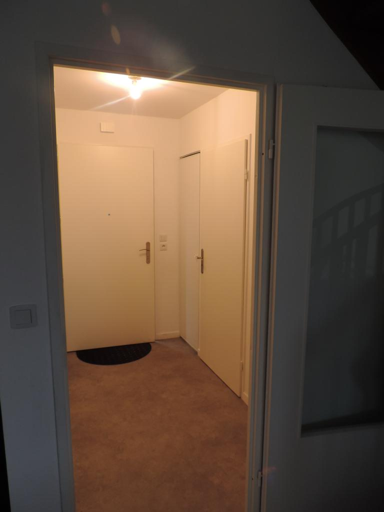 hall d 39 entree. Black Bedroom Furniture Sets. Home Design Ideas